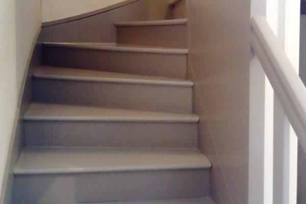 Peindre ses escaliers, renovers ses escaliers, Bilcot Peinture, Peintre Brest, Peintre Finistere, Peintre Brest, Poçage Vitrification de parquet, Ravalement façade, Peinture decoration, revêtement sols et murs, Peintre finistere